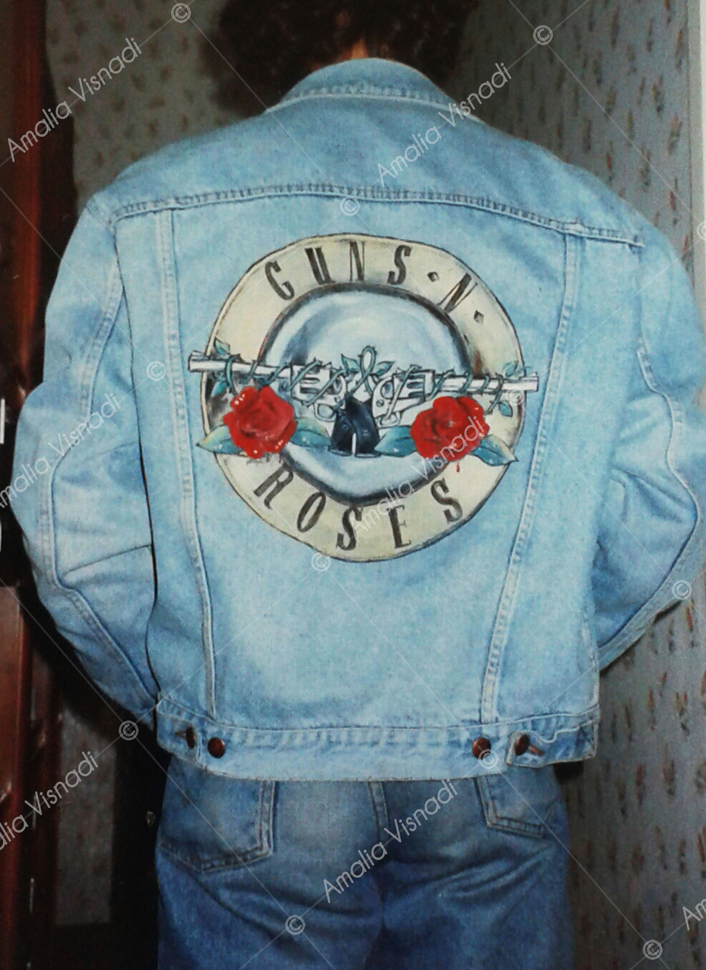 Amalia Visnadi_Giubbotto jeans logo Guns 'n Roses
